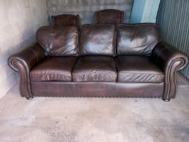 Can deliver! Leather sofa