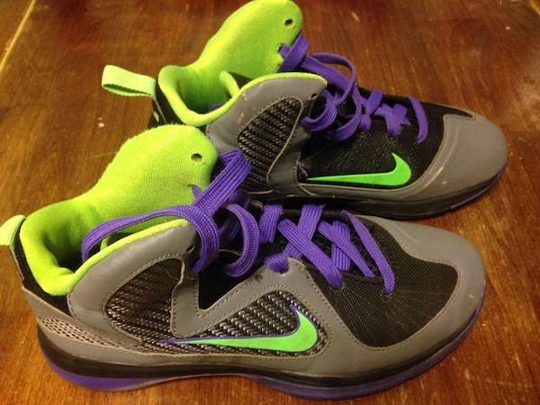 7508e7c856da Used Lebron James nike basketball shoes sneakers size 3. Great condition  Green gray purple for sale in River Grove