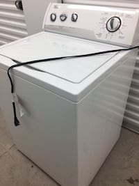 Whirlpool washing machine (delivery included) Toronto, M1H 3J7