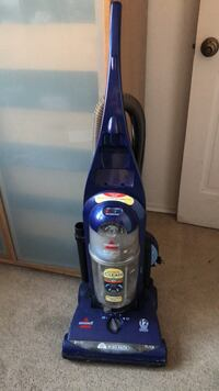 Blue bissell upright vacuum cleaner (price negotiable) New York, 11369