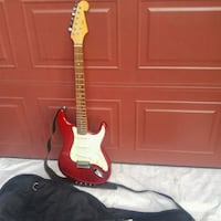 Electric adult guitar like new