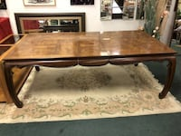 Solid Wooden Table With 2 Leaf Extensions Vancouver, V5N