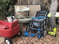 Black and blue pressure washer Tracy, 95376