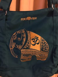 Brand new Yoga tote bag still in the pack $28 obo East Palo Alto, 94303