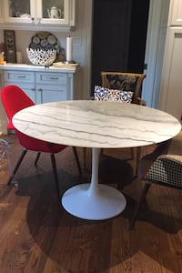 Round Marble table Markham, L3T 1W6