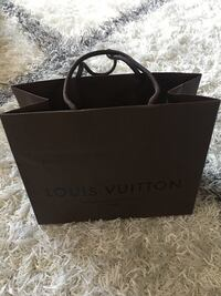 designer shopping bag, Louis Vuitton shopping bag, LV, brown bag, small size Louis Vuitton brand Las Vegas, 89139