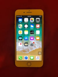 Gold iphone 7+ 256GB unlocked to any carrier Savannah, 31406