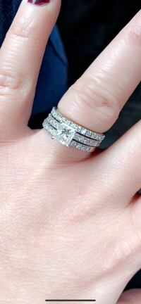 Diamond Wedding bands Mississauga, L5M 0H7