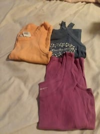 Tank tops size small Bellville, 44813