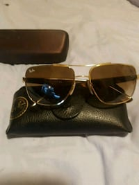 gold-colored framed aviator sunglasses with case Windsor