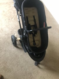 Baby's black jogging stroller Oxon Hill, 20745