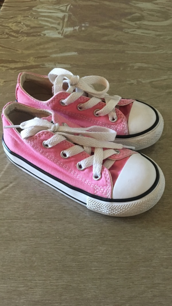 b8965b160976de Used Pink Toddler Girl Converse Size 8 for sale in San Leandro - letgo