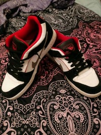 Nike lowtops (size 12M) New Castle, 47362