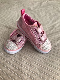 Girls Skechers Light up size 9. Lights working  Lorton, 22079