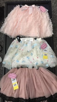 girl's white and pink dress