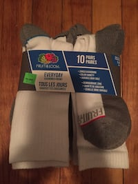 10 pairs of white Fruit of the Loom socks Montréal, H8T 3C1