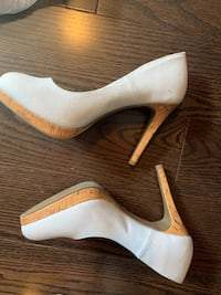 white leather peep toe platform pumps Mississauga, L5A 2C9