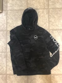 Black and gray pullover hoodie Edmonton, T5M 1G2