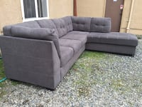 Grey modern sectional  Victoria, V8Z