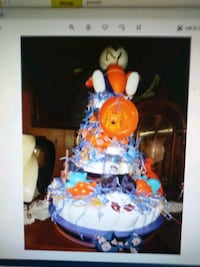 BRAND NEW Diaper cakes any kind