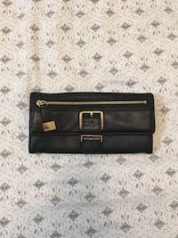 Michael Kors leather wallet null