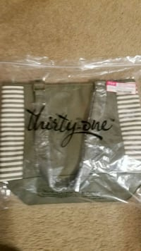 NEW Thirty-One color black tote Treadway, 37881