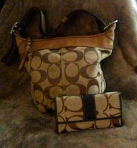 Coach purse and wallet 4794 mi