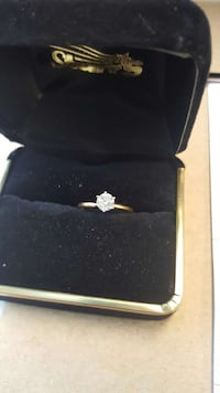 14k gold 1/2 carat diamond women's engage ring  Vincennes, 47591