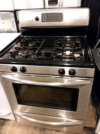 frigidaire stainless steel stove gas 4months warranty conviction oven  Halethorpe, 21227