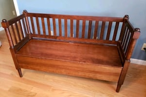 Wooden Bench *PICKUP ONLY *