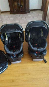 baby's black and blue travel system 548 km