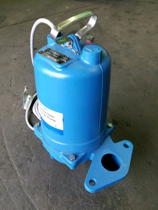 SUBMERSIBLE PUMP - by GOULDS