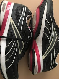 Black-and-white adidas running shoes Round Rock, 78664