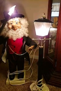 Lamp Lighter Christmas Figurine Motion Knoxville