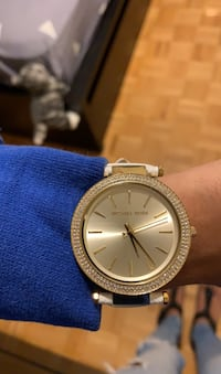 Micheal Kors white and gold leather watch and swarski  Toronto, M3H 4Y2