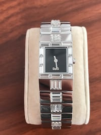 square silver-colored analog watch with link bracelet Toronto, M2N 7K2