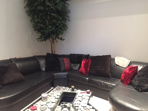 Black Leather Sectional Sofa