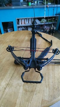 black and gray compound bow DeLand