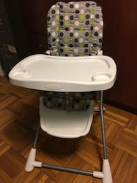 High Chair Toronto, M8Z 1P3