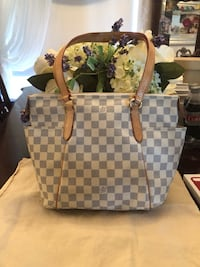 Authentic Louis Vuitton Azur Totally
