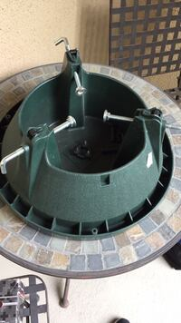 green and stainless steel tree stand Atascadero, 93422
