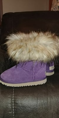 Size 3 uggs
