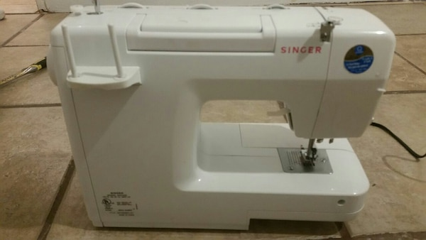 Used Singer Stylist 40 Sewing Machine For Sale In Las Vegas Letgo New Sewing Machines Las Vegas