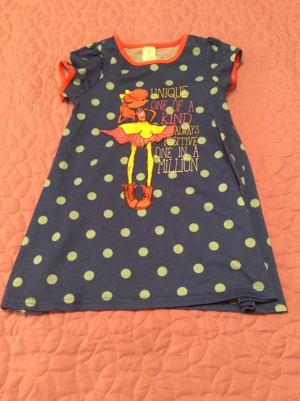 girl's blue, white and yellow scoop-neck Nightgown