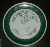 green and white ceramic floral 35th Anniversary plate Akron, 44305