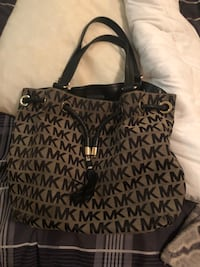 black and brown Michael Kors monogram tote bag New York, 10308
