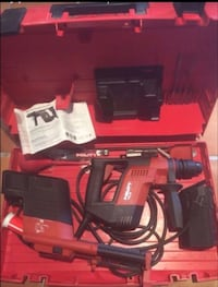 Hilti TE-5 Hammer Drill w/dust removal,bits,and case. Hardly used great deal $275 Virginia Beach, 23451