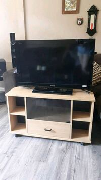 Tv and Stand Surrey, V4N 5G3