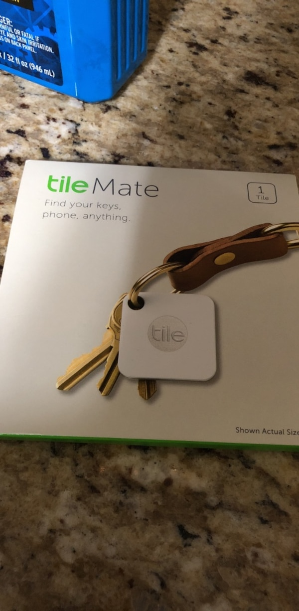 white Tile Mate device box