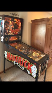 Antique Maverick Pin Ball Machine  1455 mi